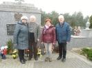 Klubu Seniora - złożyli kwiaty pod pomnikami